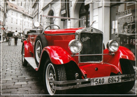 Vintage Car Mural Wallpaper