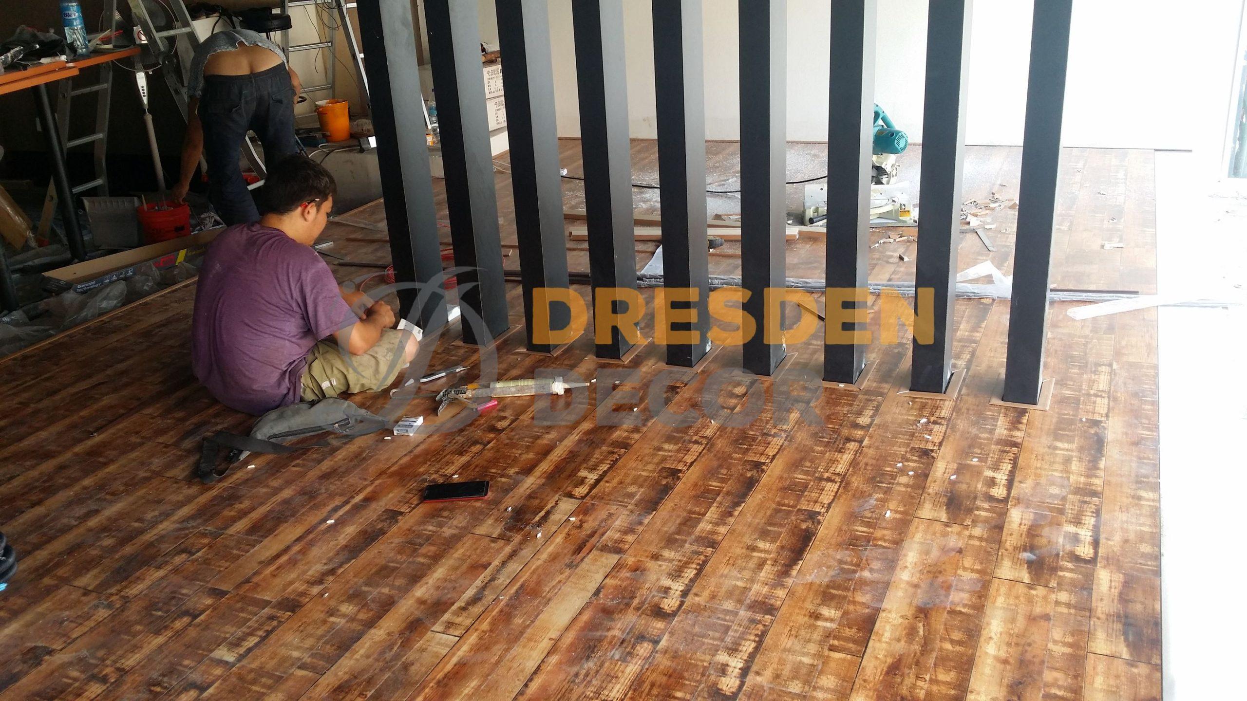 Cafe Bangsar – 08mm Laminated Floorboard